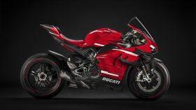 02 Ducati Superleggera V4 UC145954 Mid