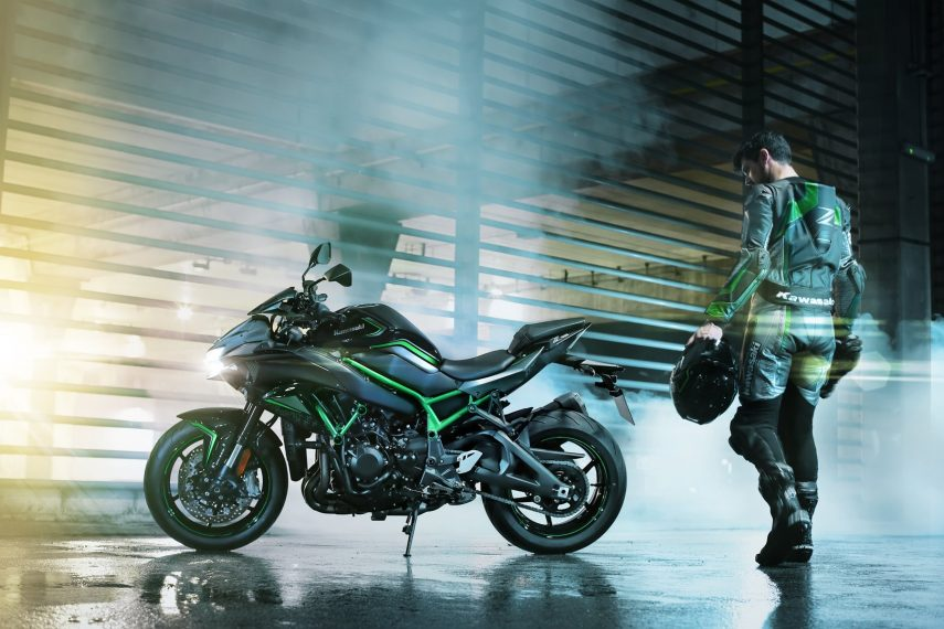 Kawasaki Z H2 2020: la hypernaked sobrealimentada