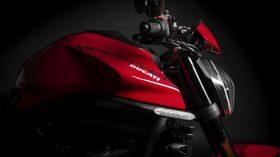 Ducati Monster Puls 2021 121