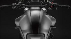 Ducati Monster Puls 2021 139