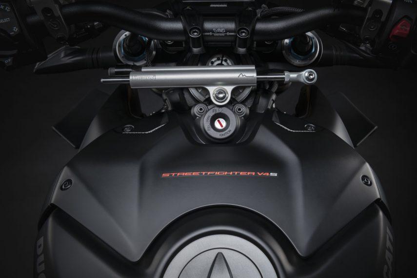 Ducati Streetfighter V4 S 2021 03