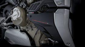 Ducati Streetfighter V4 S 2021 17