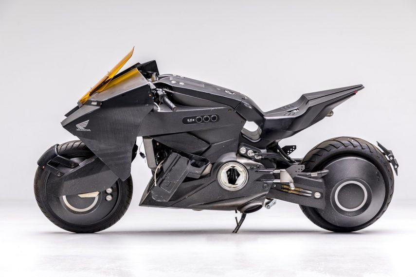 "Moto del día: Honda NM4 Vultus ""Ghost in the Shell"""