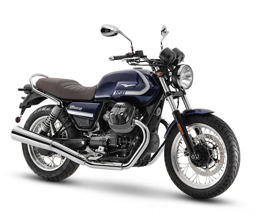 Moto Guzzi V7 2021, ahora es más rápida y refinada, pero igual de auténtica