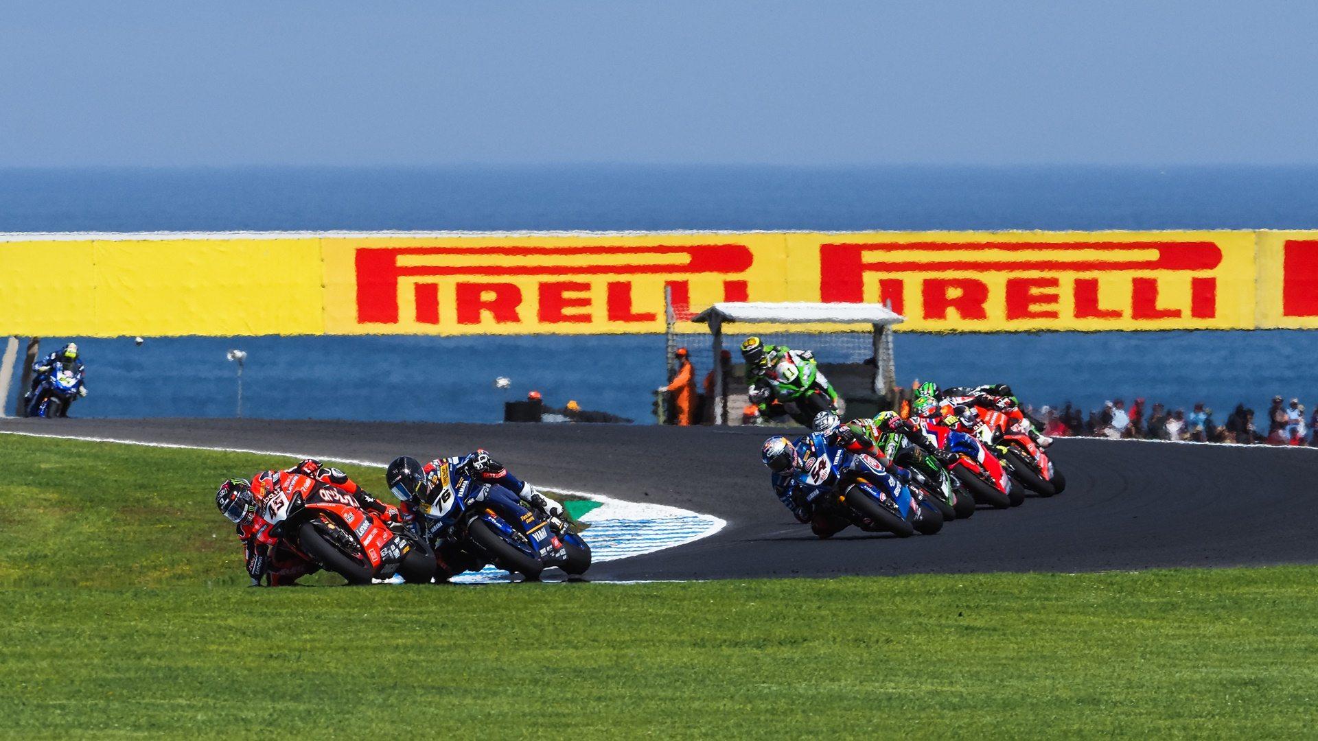 Superbikes Australia 2020: tres ganadores diferentes y emoción a raudales
