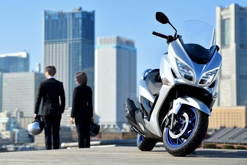 Suzuki Burgman 400 2021 12
