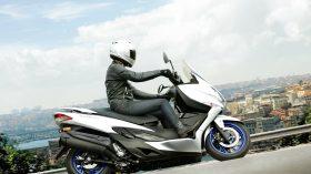 Suzuki Burgman 400 2021 18