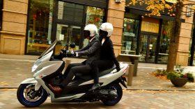Suzuki Burgman 400 2021 35