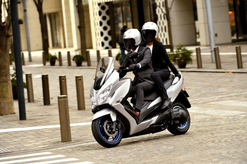Suzuki Burgman 400 2021 36