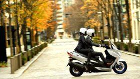 Suzuki Burgman 400 2021 37