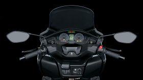 Suzuki Burgman 400 2021 57
