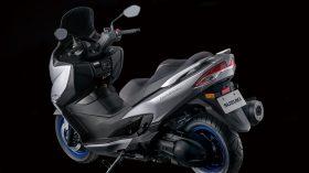 Suzuki Burgman 400 2021 73