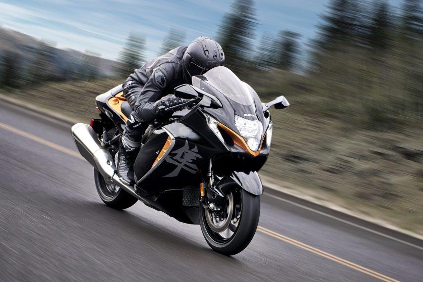 "Suzuki Hayabusa 1300 2021, la renovación de la ""Ultimate Sport Bike"""