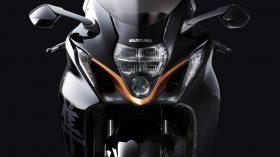 Suzuki Hayabusa 1300 2021 Action 34
