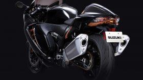 Suzuki Hayabusa 1300 2021 Action 37