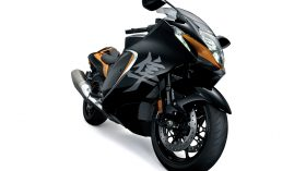 Suzuki Hayabusa 1300 2021 Studio 08