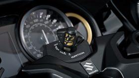 Suzuki Hayabusa 1300 2021 Tech 35