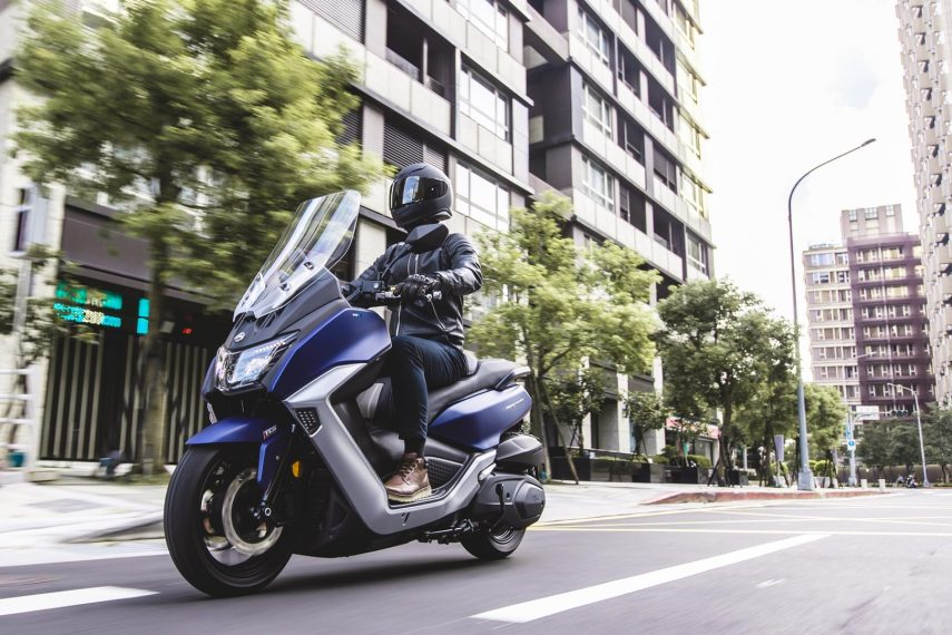 SYM Maxsym 400 2021, un scooter que evoluciona hacia la deportividad
