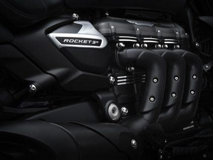 Triumph Rocket 3 R Black 10