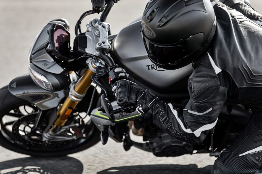 Triumph Speed Triple 1200 RS 17
