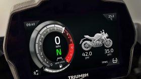 Triumph Speed Triple 1200 RS 53