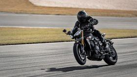 Triumph Speed Triple 1200 RS 75