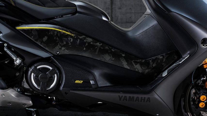 Yamaha TMAX 20 Aniversario 01