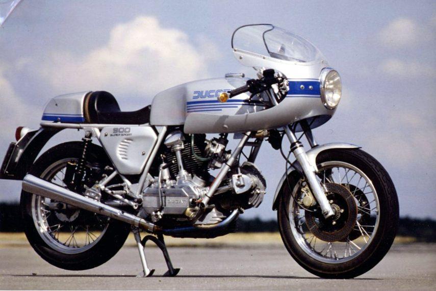 Moto del día: Ducati 900 SS