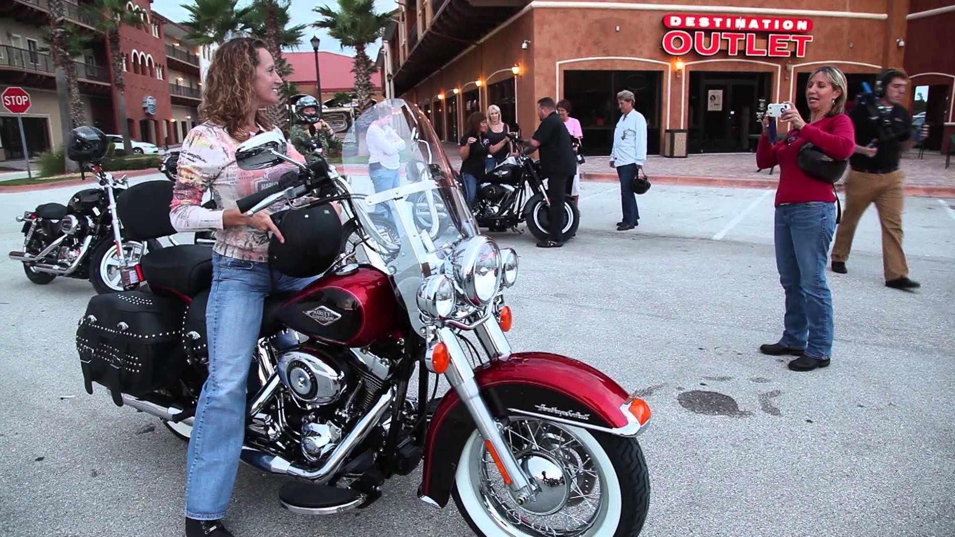 Harley-Davidson Garage Parties