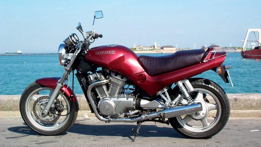 Moto del día: Suzuki VX800