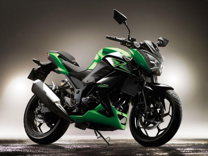 Kawasaki Z 300 2