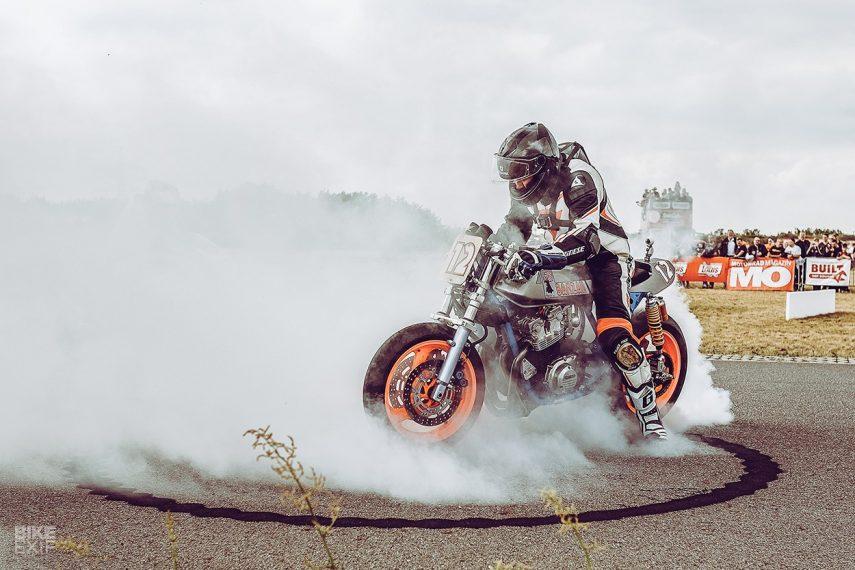 La superbike ochentera perfecta: Honda CB 900 F Bol d'Or Banzai
