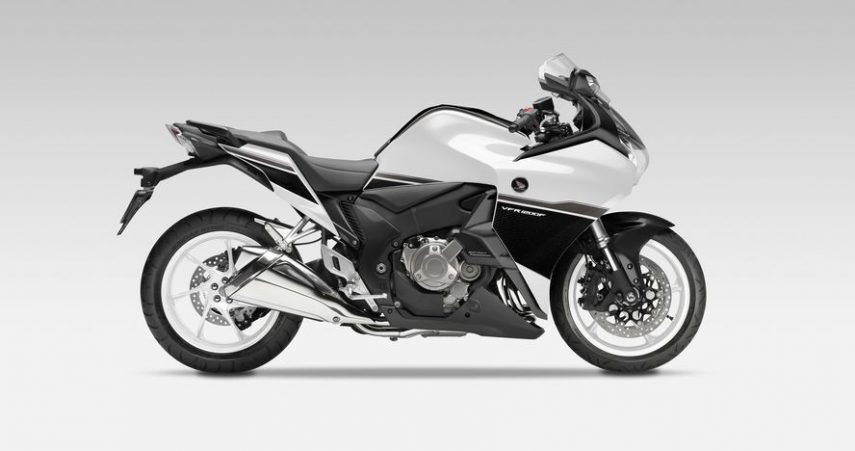 Moto del día: Honda VFR 1200 F