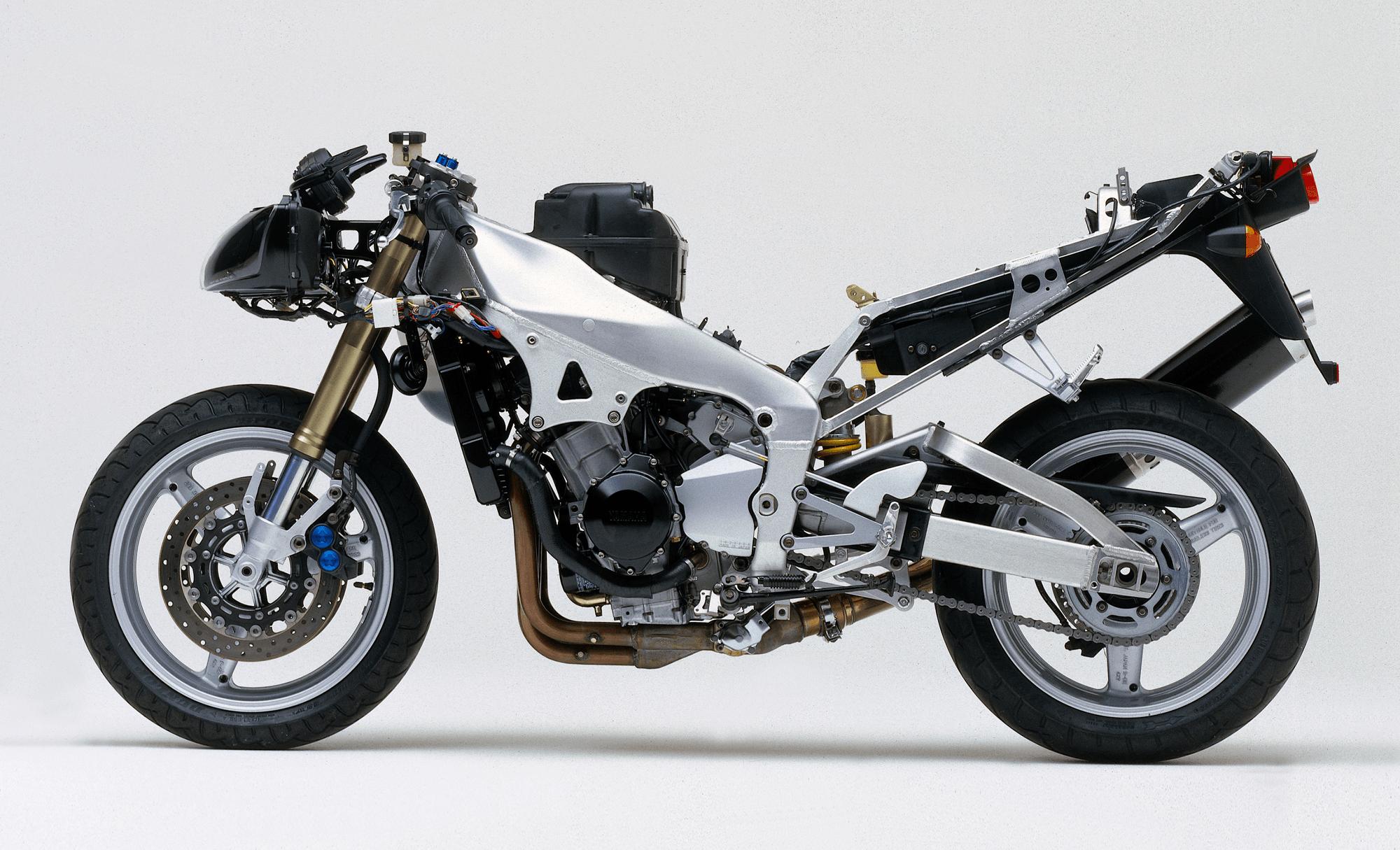 Yamaha YZF R1 5