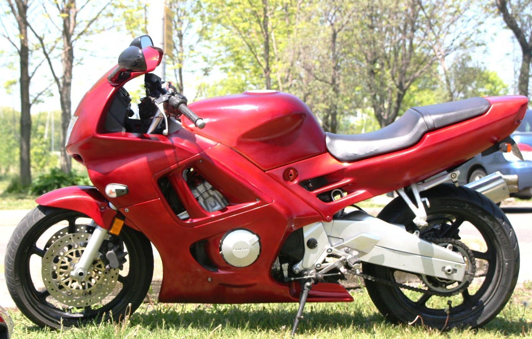 Honda CBR 600 F3 3