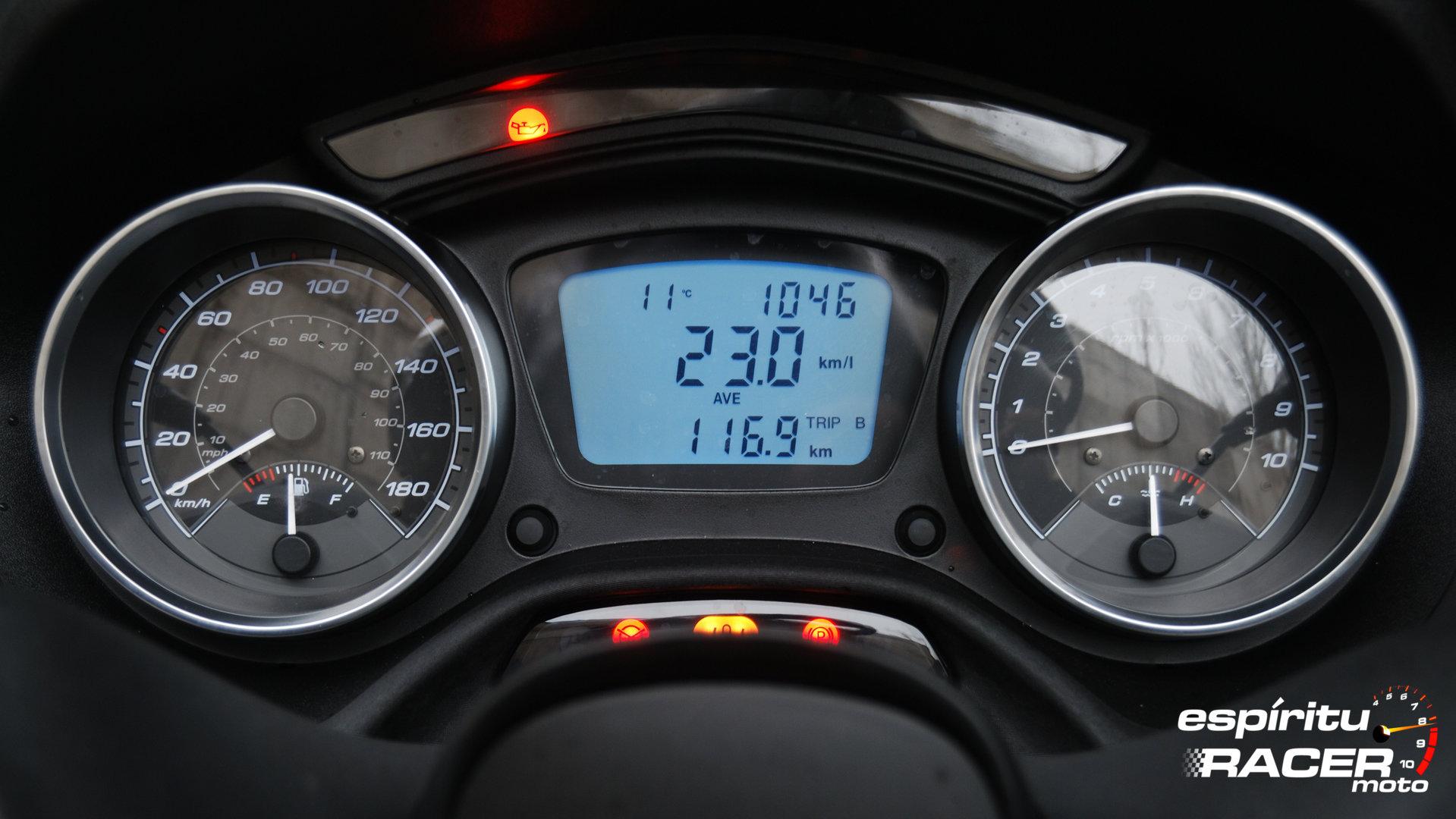 Piaggio MP3 LT 500 Hpe 23