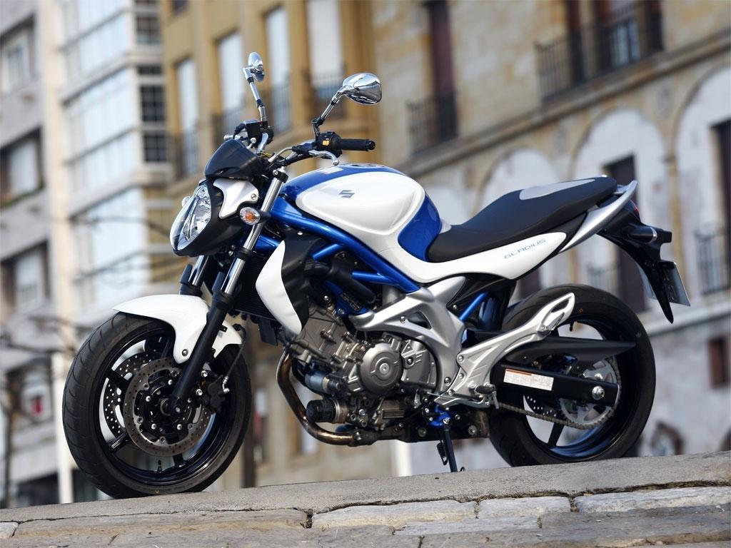 Moto del día: Suzuki Gladius