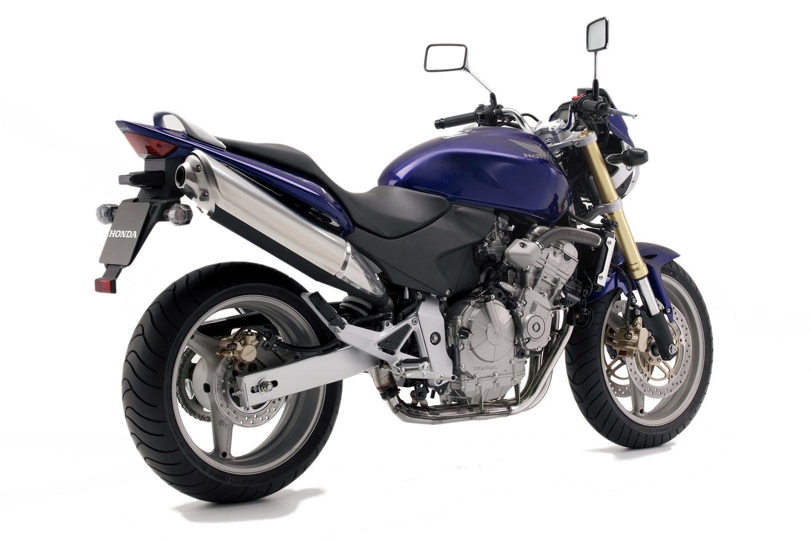Honda CB600F Hornet 2006 Trasera
