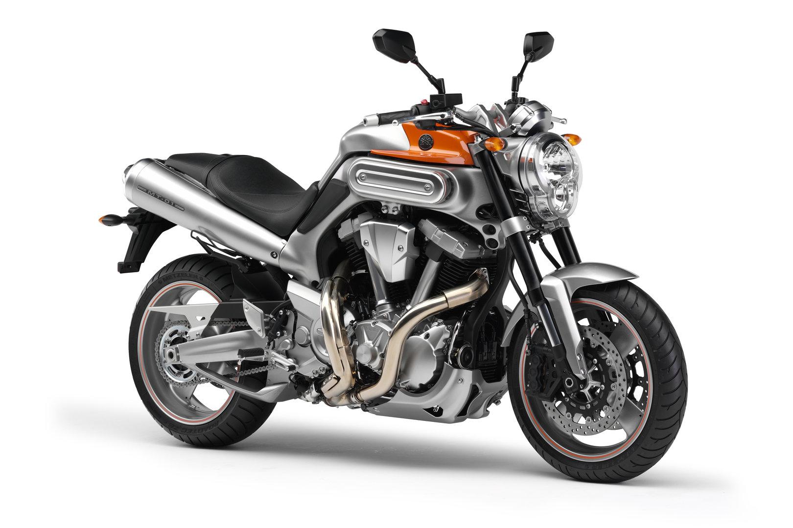 Yamaha MT 01 2007 Estudio