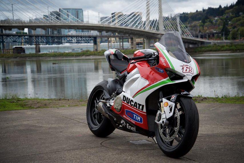 Una Ducati Panigale V4 en homenaje a Nicky Hayden