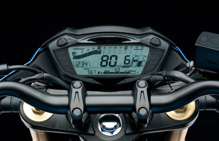 Suzuki GSX S 750 9