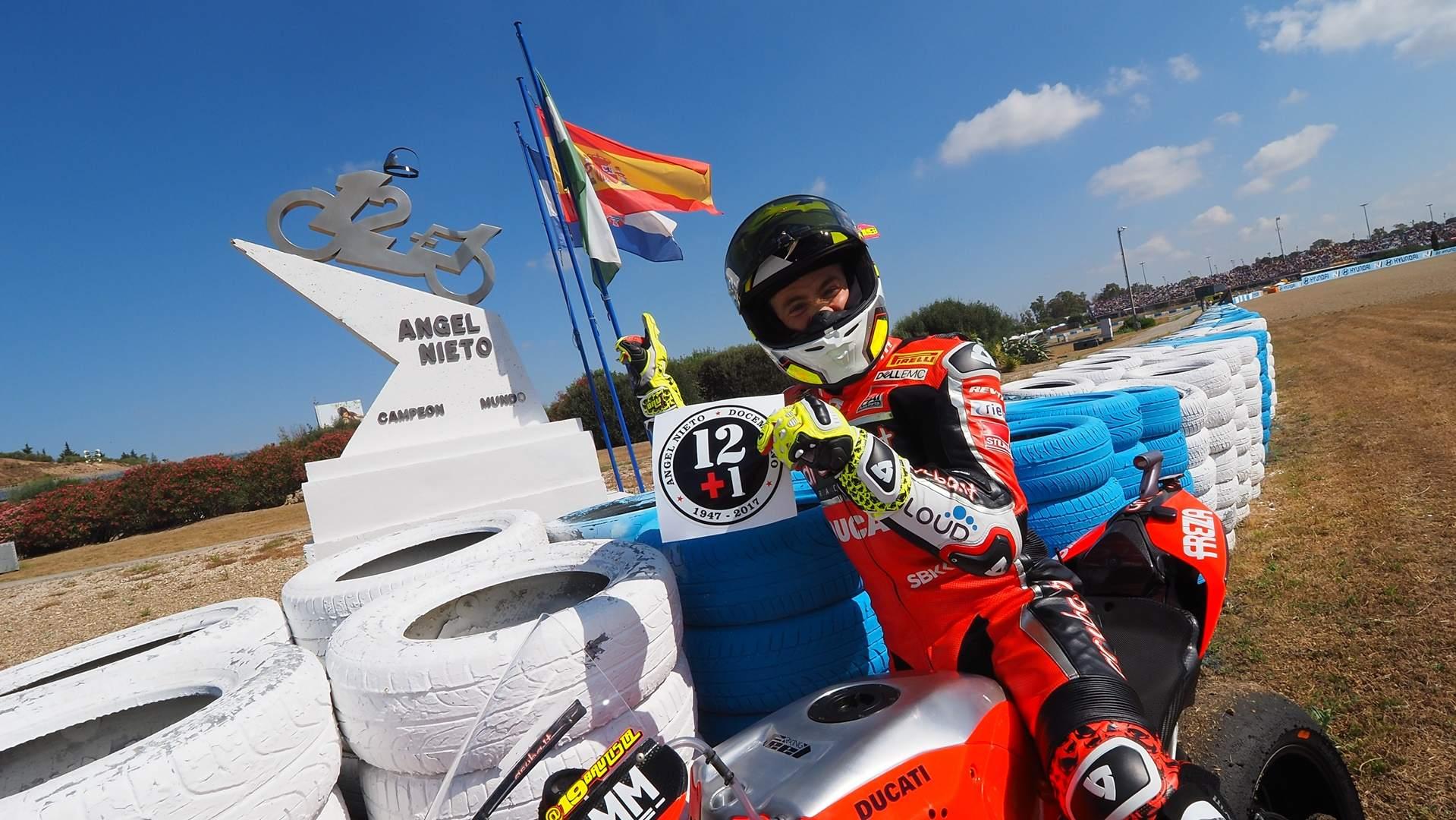 Álvaro Bautista y Michael VD Mark se reparten las victorias en Jerez