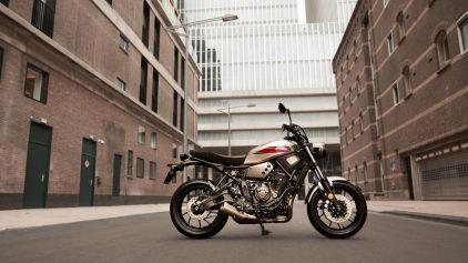2019 Yamaha XS700 EU Matt Grey Static 004
