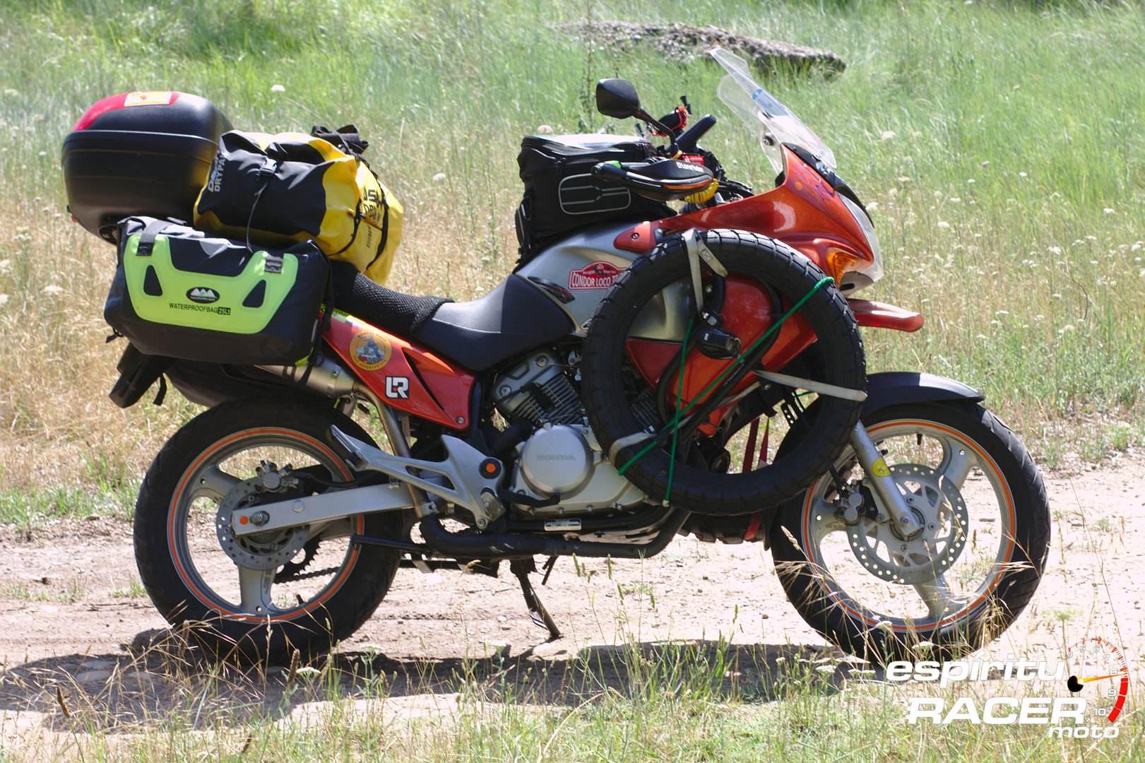 Pedro a Mongolia espirituRACER moto 08