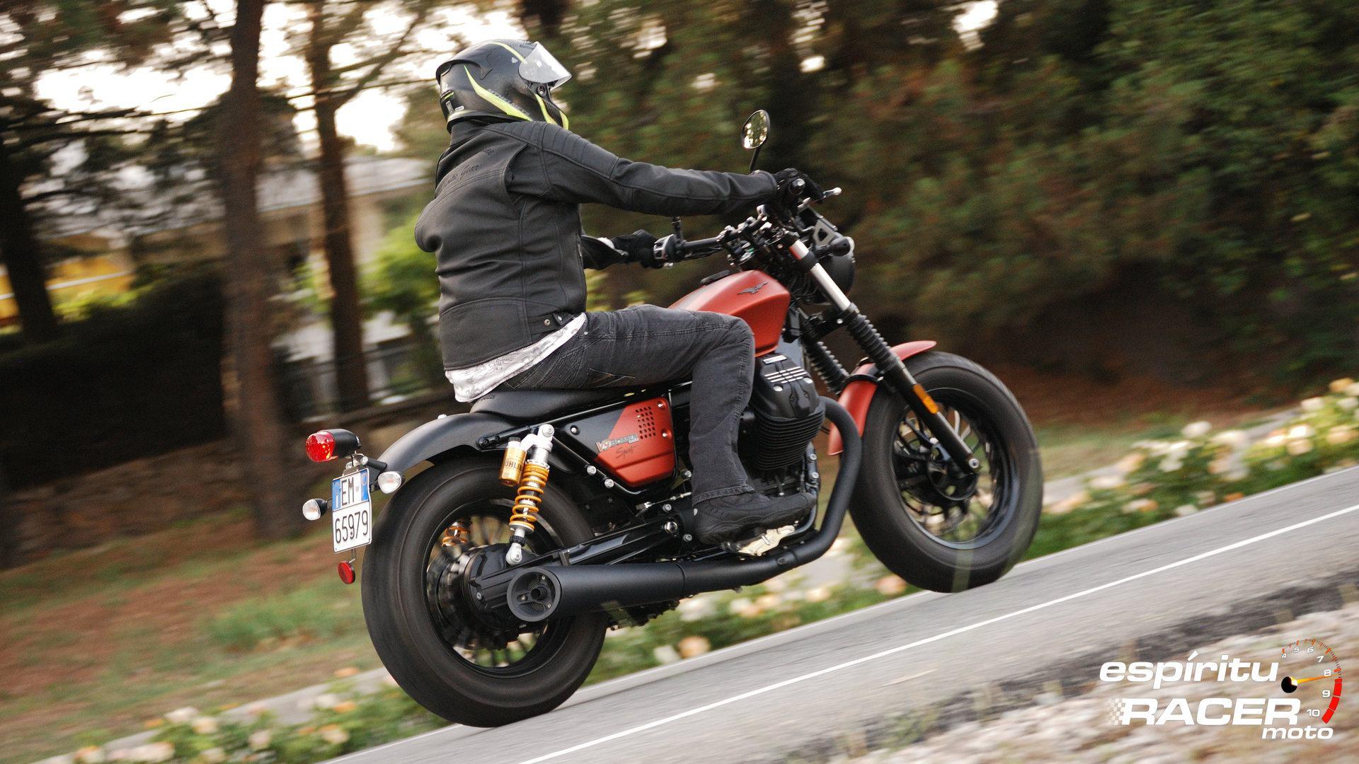 Prueba Moto Guzzi V9 Bobber Sport 07