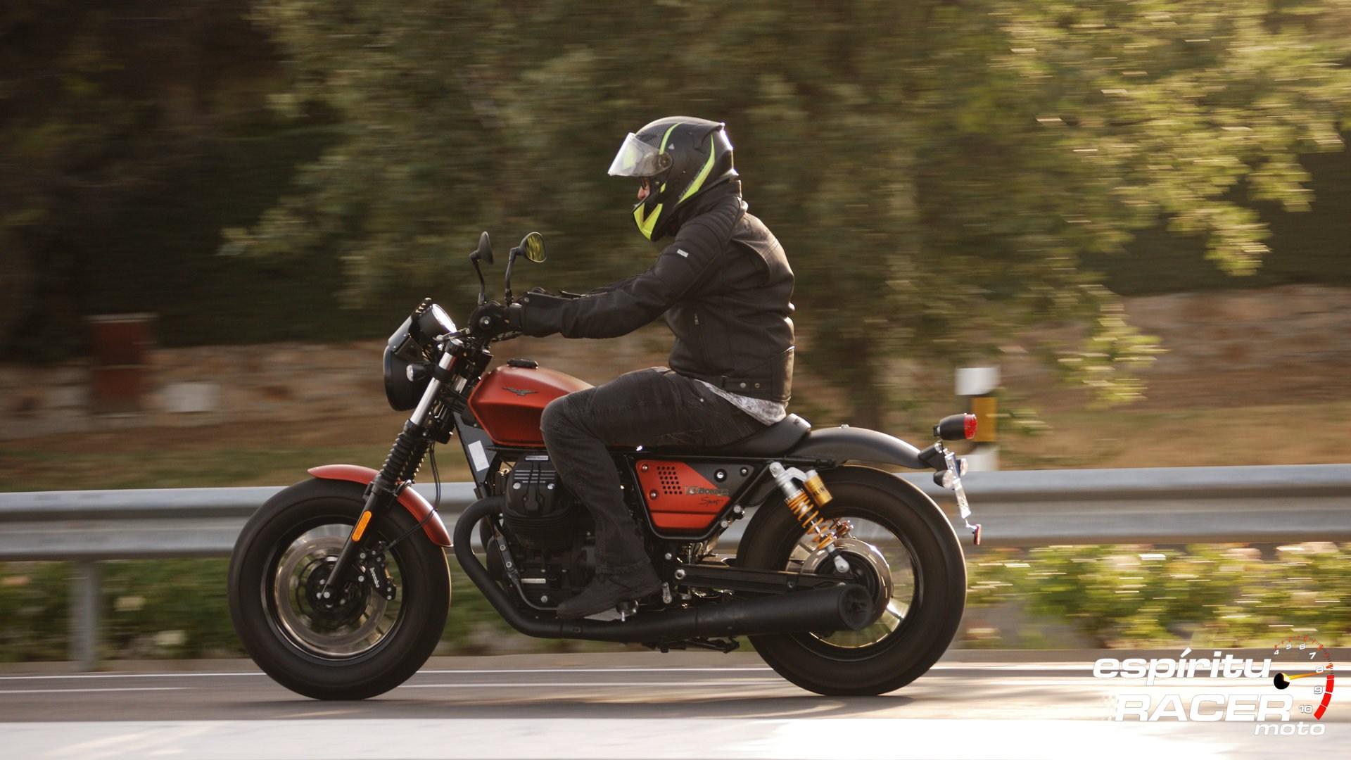 Prueba Moto Guzzi V9 Bobber Sport 08