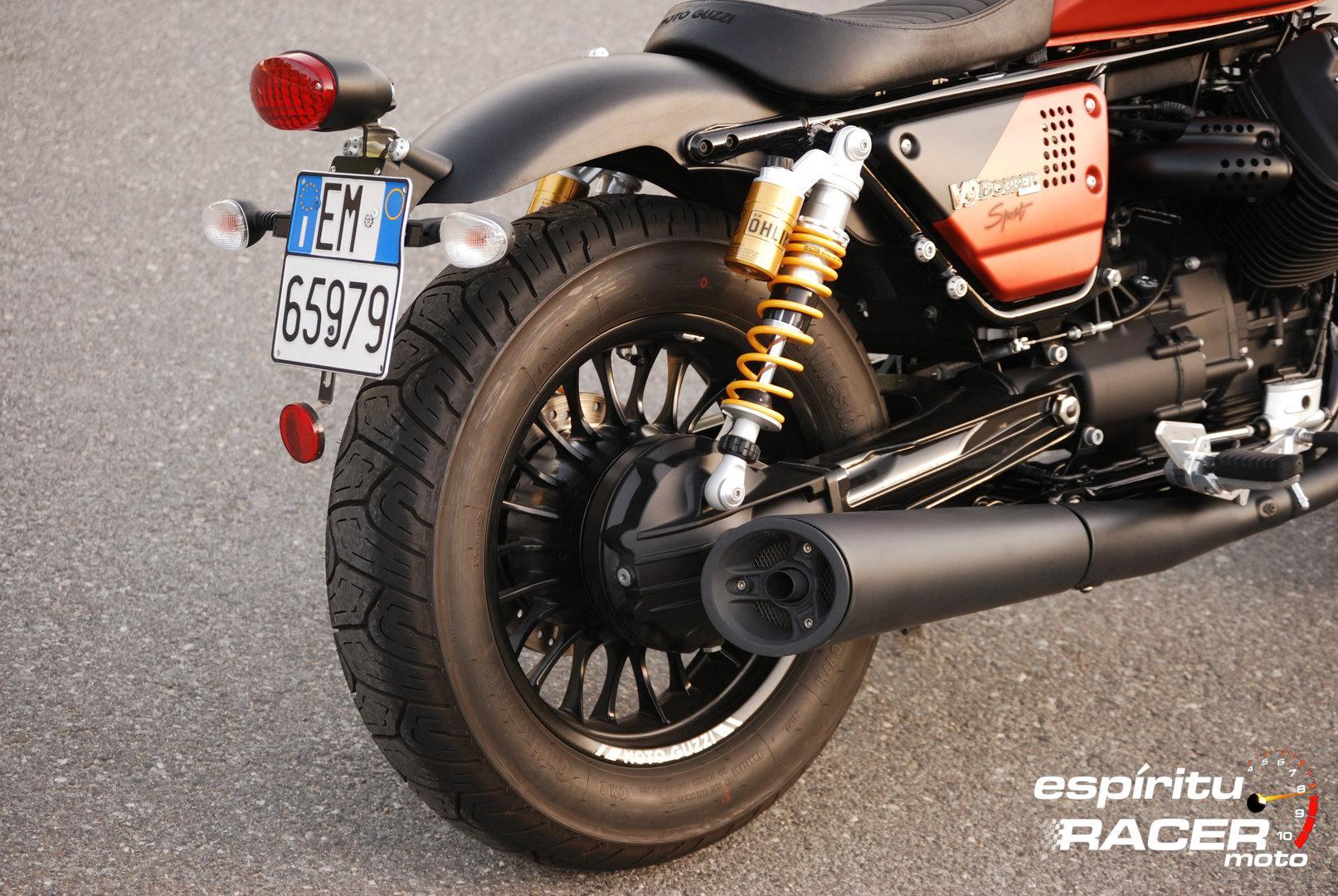 Prueba Moto Guzzi V9 Bobber Sport 12