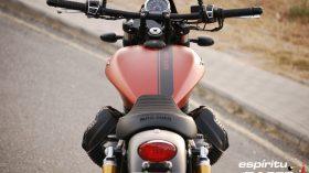 Prueba Moto Guzzi V9 Bobber Sport 18