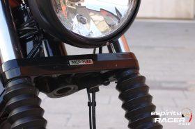 Prueba Moto Guzzi V9 Bobber Sport 40