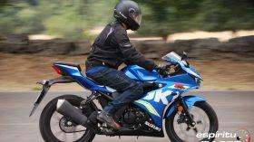 Prueba Suzuki GSX R125Z 09